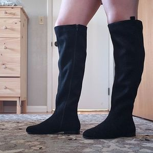 Shoes - NWOT Knee High Black Faux Suede Boots